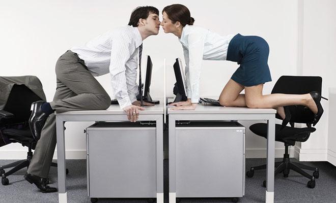 роман на работе между коллегами